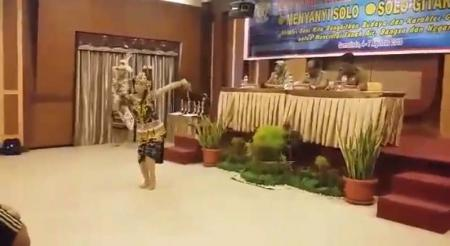 Tari Tradisional Kaltim dari SMK SPP Negeri Samarinda